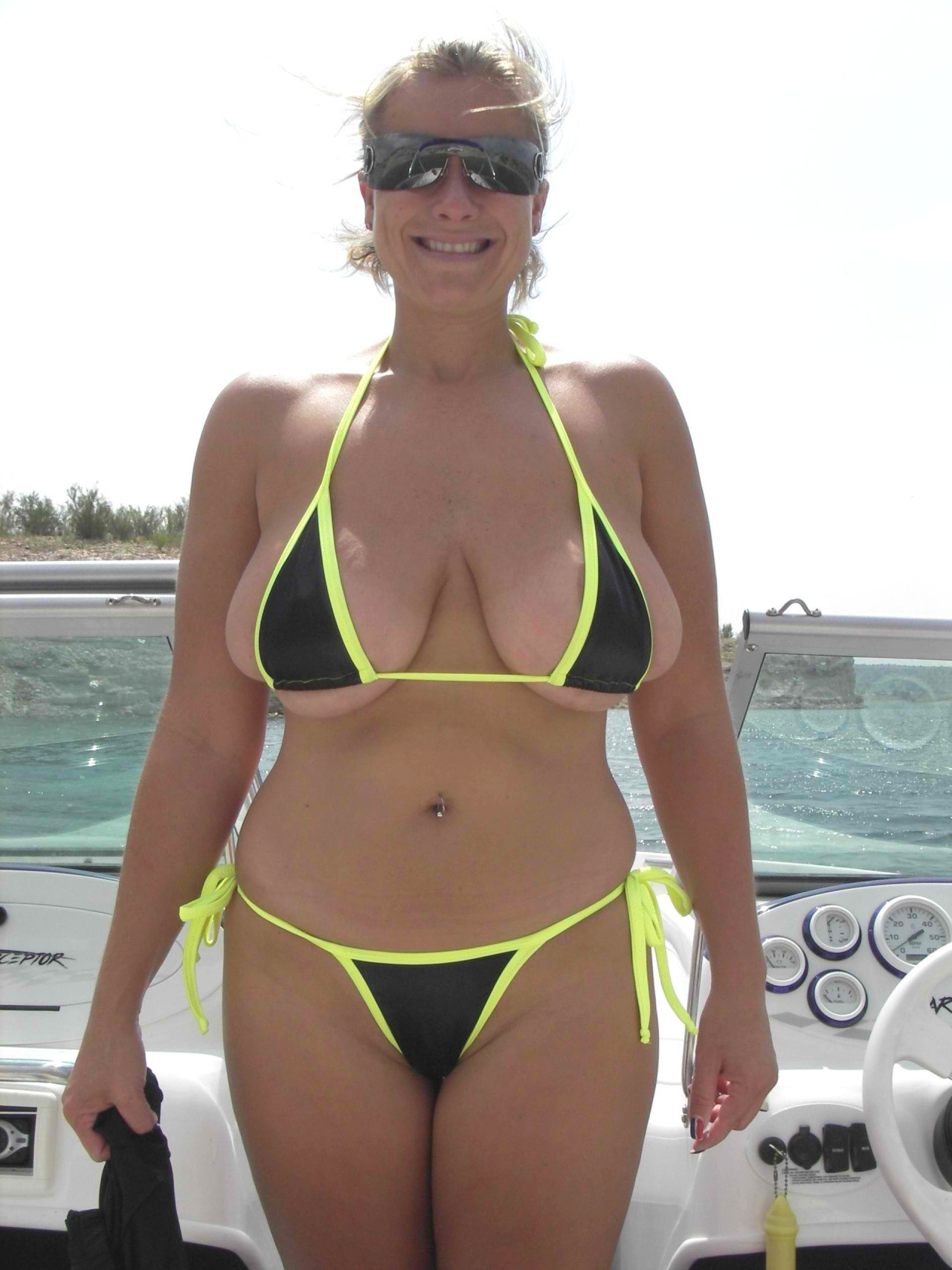 thicc milf spilling out of her top