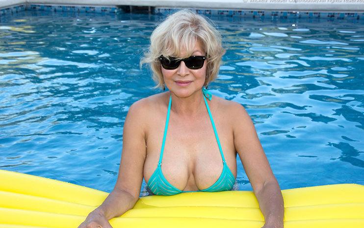 gmilf in see through bikini in the pool